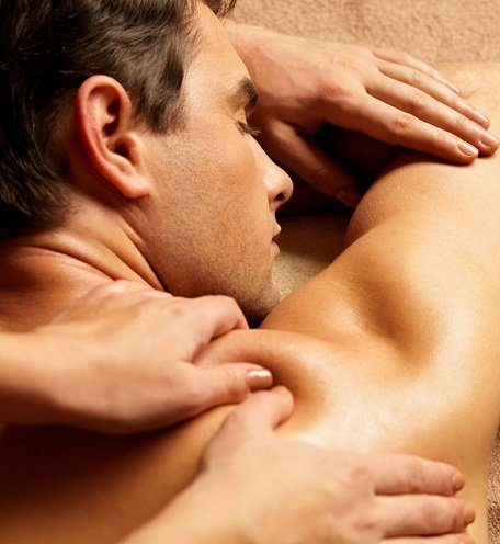 MALE GROOMING AT TOP BEAUTY SALON IN NEWCASTLE AREA
